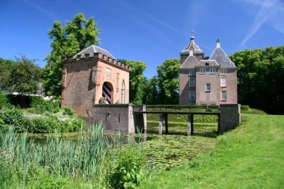 Kasteel Soelen en poortgebouw Jan Dijkstra