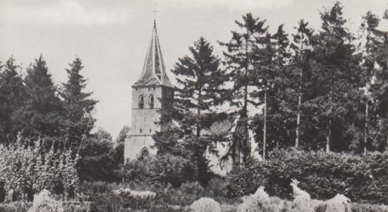 Loenense-enkenpad_Loenen-NH-kerk-met-graan-onbekend