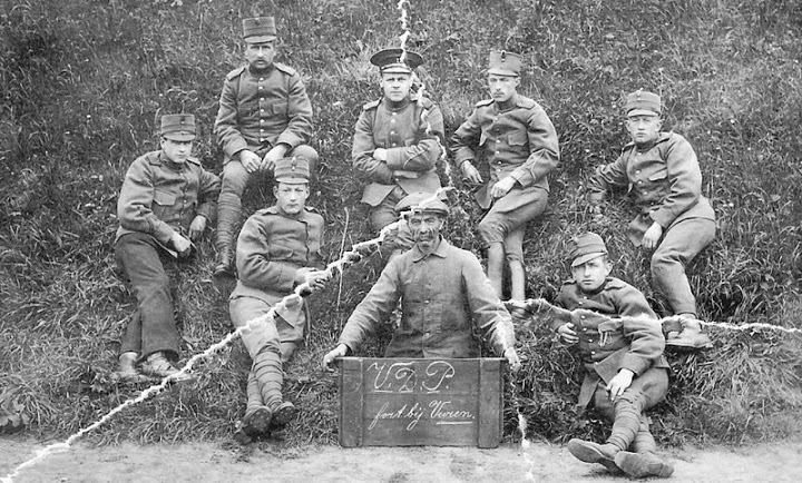 Mobilisatie 1914 – 1918  soldaten op fort Vuren