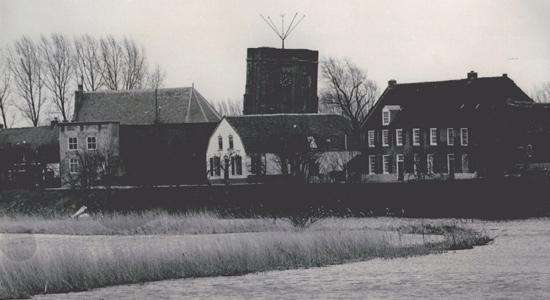 Rhenoijschepad_1952-Acquoy-NHPastorie-Kerk-Veerhuis-Linge